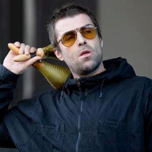 """Liam Gallagher: """"Mio fratello Noel mi prega di riformare gli Oasis"""""""