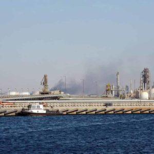 """Libia: le forze pro Haftar minacciano blocco del petrolio. Allarme Onu: """"Una catastrofe"""""""