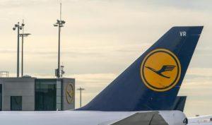 Coronavirus, British Airways e Lufthansa annullano tutti i voli da e per la Cina