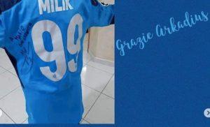 """Napoli, Milik spedisce maglia al piccolo Mario: """"Trasformerò le tue lacrime in sorrisi"""""""
