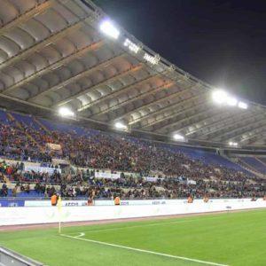 Roma e Lazio, ecco perché giocano in casa nello stesso turno. Quel precedente del 1989