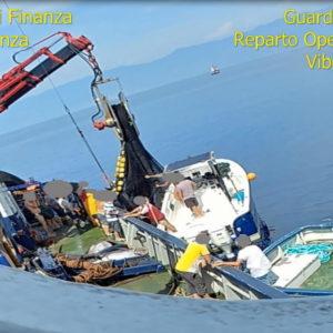 Paola, arrestati ladri di tonno rosso: abbordavano pescherecci