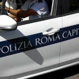 Via Sistina (Roma): auto investe pedone sul marciapiede all'angolo con via Crispi