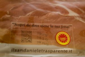 Prosciutto di San Daniele Dop, nuove norme su stagionatura, sale e alimentazione dei suini