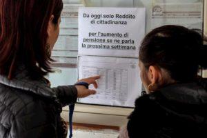 Reddito di cittadinanza: per i beneficiari scatta l'obbligo di svolgere lavori utili (fino a 16 ore settimanali)