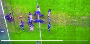 """Inter-Atalanta, Lautaro su Toloi: era rigore ed espulsione. Tifosi Juventus: """"Fate prima a consegnargli lo scudetto"""""""