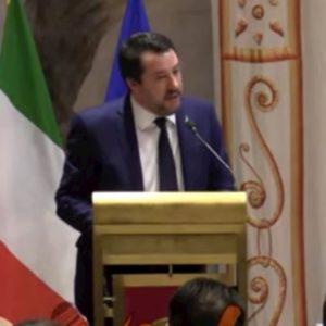 """Antisemitismo, convegno della Lega. Salvini: """"Liliana Segreha tanto da insegnare, Carola Rackete no"""" VIDEO"""