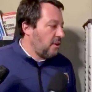 Salvini è riuscito a mettere (ancora) nei guai la polizia