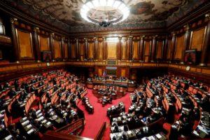 Voto ai 18enni per il Senato: via libera al ddl in commissione
