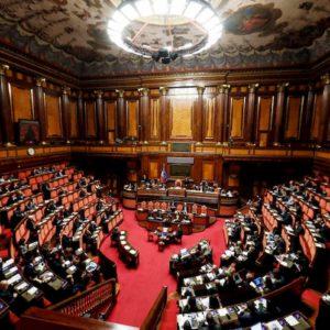 Voto ai 18enni per il Senato: via libera al ddl in commissione alla riforma