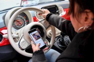 Codice della Strada: in arrivo multe più salate, ma solo per chi guida con lo smartphone (fino a 1700 euro)
