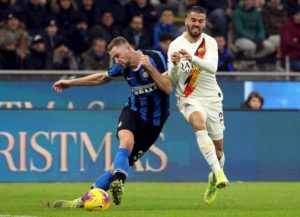 Spinazzola-Politano, scambio a rischio: i test fisici del terzino non convincono l'Inter