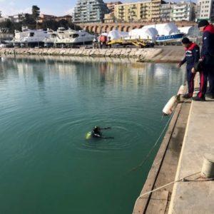 Victorine Bucci scomparsa a Termoli: suo il cadavere trovato in un'auto sui fondali del porto