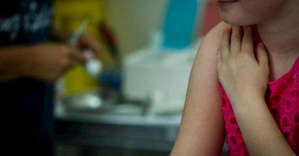 Belluno, 30 presidi indagati: hanno ammesso a scuola bimbi non vaccinati