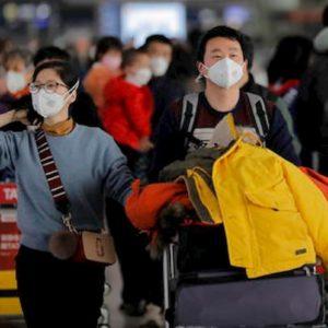 """Coronavirus, i vescovi cattolici in Asia: """"Comunione solo in mano e niente segno della pace"""""""