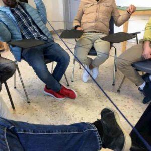 Woosic, falegnameria sociale musicale a Bari: accoglienza, lavoro e recupero come base dell'integrazione