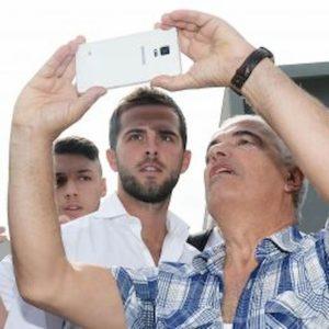 Juventus, infortunio Pjanic: niente lesioni, ecco quando dovrebbe rientrare