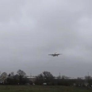 tempesta ciara aereo londra