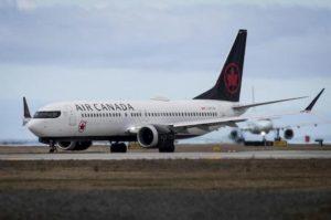 Madrid, Boeing Air Canada vola sulla città per 5 ore: poi l'atterraggio di emergenza