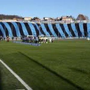 Atalanta-Roma, lancio di oggetti in campo dopo il gol di Dzeko