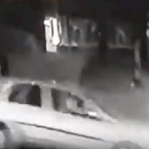 auto travolge pedone inghilterra