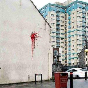 Banksy riappare a Bristol: il murales per San Valentino è il cuore di Cupido esploso