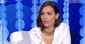 """Caterina Balivo, il messaggio a Vieni da Me per i cittadini isolati per il Coronavirus: """"Vi siamo vicini"""""""