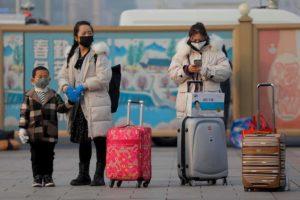 I cinesi potevano uscire dallo Spallanzani ieri sera. Ma alberghi e taxi non li volevano