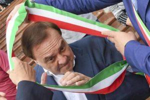 Benevento, Clemente Mastella si dimette da sindaco. Ora ha 20 giorni di tempo per ripensarci