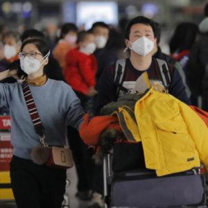 Coronavirus, dilaga la psicosi contro i cinesi in università e sui mezzi