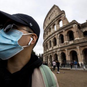 Coronavirus, già persi 500mila turisti cinesi in Italia rispetto al 2019