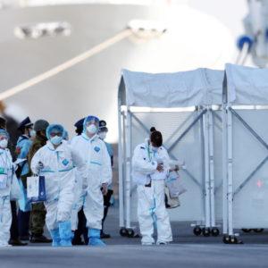 Coronavirus, test della febbre ogni 4 ore a italiani su Diamond Princess