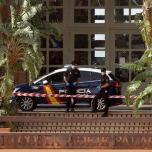 Coronavirus a Tenerife, altri due italiani contagiati all'hotel di Adeje