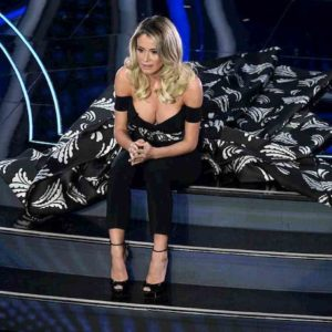 """Sanremo 2020, il monologo di Diletta Leotta dedicato alla nonna: """"Se non fossi bella non sarei qui"""""""