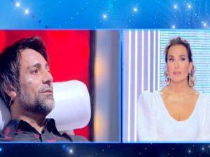 """Live-Non è la D'Urso, Barbara D'Urso contro Pietro Delle Piane. E Fiore Argento: """"Lui mi disse cosa dire"""""""
