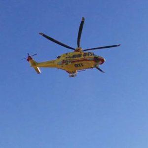 Argelato (Bologna), ultraleggero precipita e prende fuoco: pilota di 23 anni in rianimazione