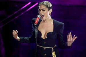 """Sanremo, Elodie conferma la lite con Masini: """"Mi ha fatto body shaming. Sono ancora arrabbiata con lui"""""""