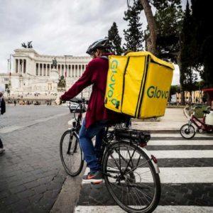 Nel paniere Istat 2020 auto e monopattini elettrici, food-delivery e lava e stira camice