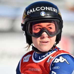 Sofia Goggia ha rimediato la frattura del braccio: la sua stagione è finita video YouTube