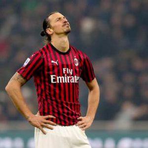 Milan, Tapiro d'oro a Ibrahimovic dopo la sconfitta nel derby