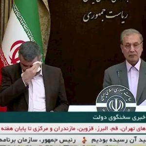 """Iran, virus in diretta. Viceministro: """"Non c'è"""". E sta male, suda, finisce in ospedale VIDEO"""