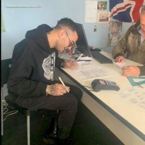 Junior Cally firma per il Fiumicino Calcio: il rapper giocherà in Promozione