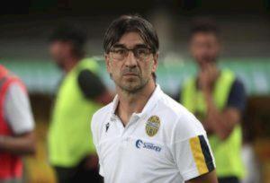 Coronavirus, Verona-Cagliari domani a porte chiuse? Serie C, rinviate 5 gare di mercoledì
