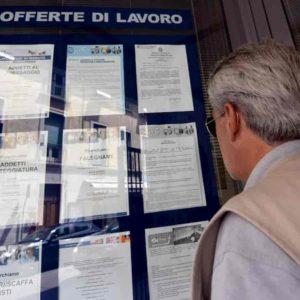 Imprese italiane pronte a un mln di assunzioni. Ma 355 mila posti lavoro resteranno vuoti