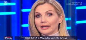 Lorella Cuccarini annuncia la morte dell'ospite Anna Moli a La Vita in diretta