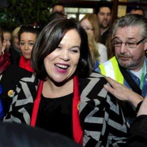 Sinn Fein rivoluziona l'Irlanda: boom al voto per l'ex braccio politico dell'Ira a trazione socialista e guida femminile