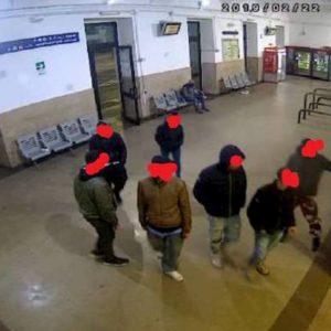 Milano, presa la baby gang di egiziani: nove le rapine ai Navigli