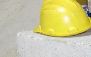 Lodi, Tir fa manovra in azienda: operaio di 20 anni muore schiacciato. Alla guida il padre