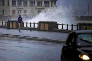Napoli, scuole chiuse per maltempo: allerta meteo della Protezione civile