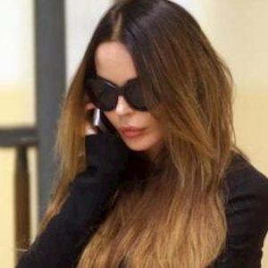 """Nina Moric, parla il figlio Carlos Maria Corona: """"Mia madre è stata picchiata da Favoloso"""""""